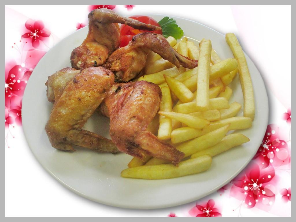 piščančje perutničke iz žara, pomes frites